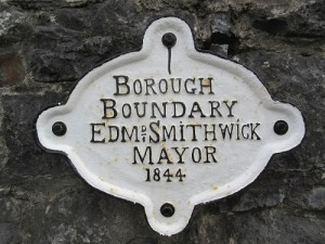 Bourough Boundary 90692_05_01saved